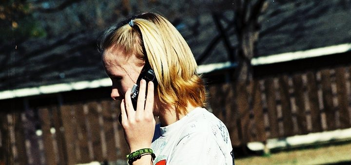 Osiptel espera caída en tarifas móviles tras bajas en cargos de interconexión