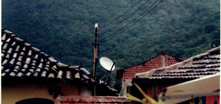 Hughes desarrollará redes terrestres para la constelación de OneWeb