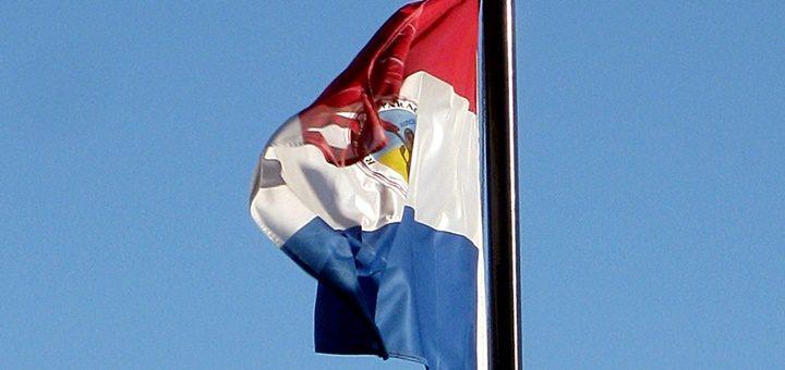Telecom anuncia al presidente electo mejoras para su operación en Paraguay