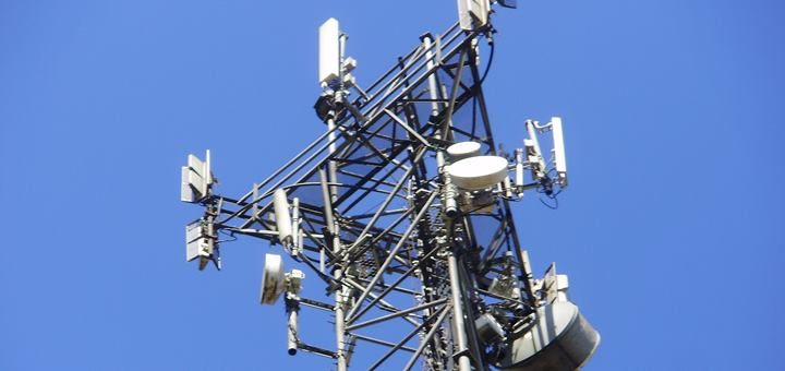 AT&T deberá devolver excedente de espectro para fusionar Iusacell y Nextel