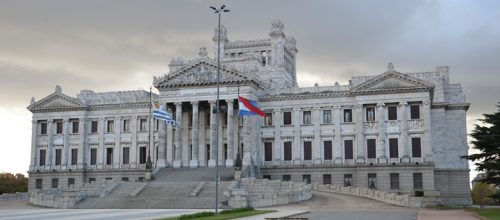 Parlamento de Uruguay. Imagen: Christian Córdova/ Flickr