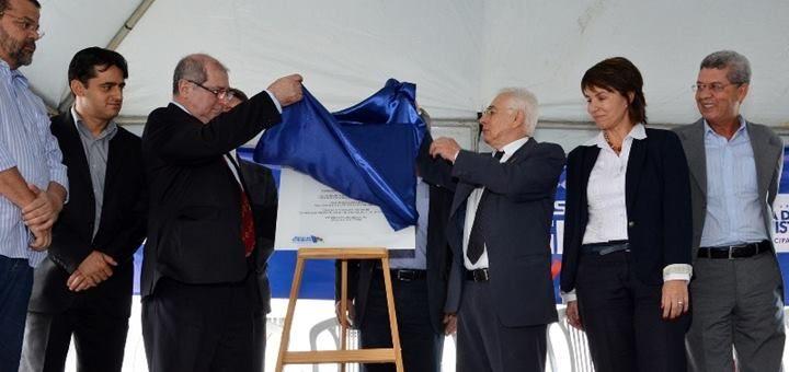 Paulo Bernardo en la inauguración de la Ciudad Digital Vitória da Conquista. Imagen: Ministério das Comunicações