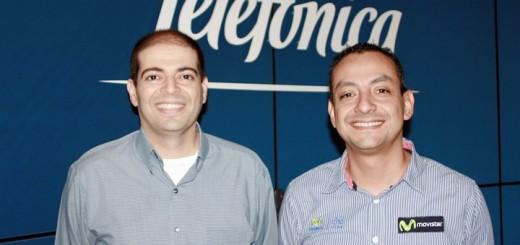 Eduardo García, gerente de Imagen, y Sergio Escobedo, gerente de Proyectos Especiales de Telefónica Centroamérica. Imagen: Telefónica.