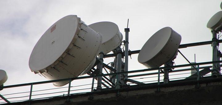 Chile prepara los demorados decretos de concesión de la banda de 700 MHz