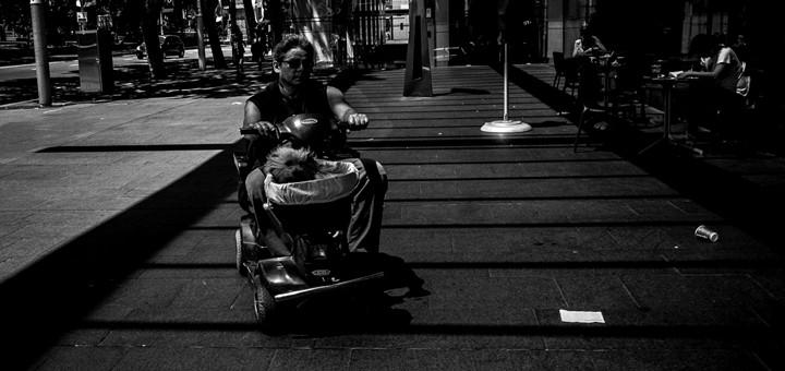 Bolivia instaura tarifa móvil solidaria para ciudadanos con discapacidades