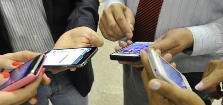 Pronóstico de comercialización de teléfonos celulares