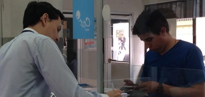 CNT registra suba de 49% en suscripciones a Internet móvil entre enero y octubre