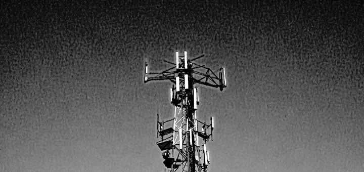 Telefónica Perú traspasará unas 900 torres a Telxius