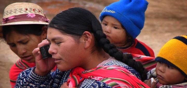 Bolivia fabricará smartphones 4G de US$ 80; busca llegar a barrios marginales y zonas rurales