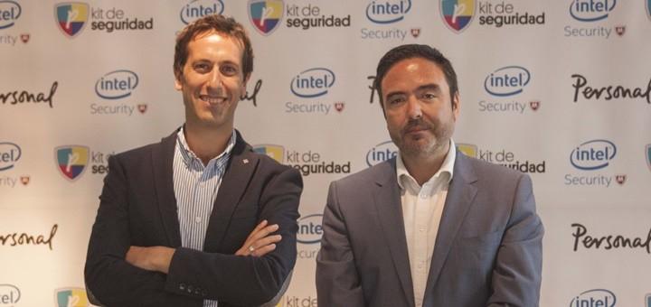 Patricio Cassain, Gerente de Innovación, estrategia y desarrollo de Grupo Telecom y Pablo Nadeau, Director LATAM de Intel Security. Imagen: Personal