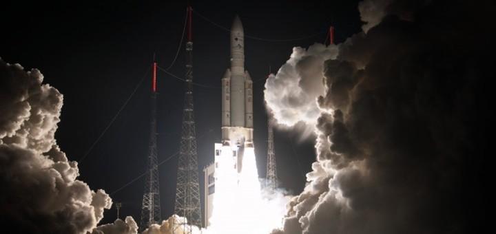Lanzamiento del Eutelsat 65 West A. Imagen: ArianeSpace