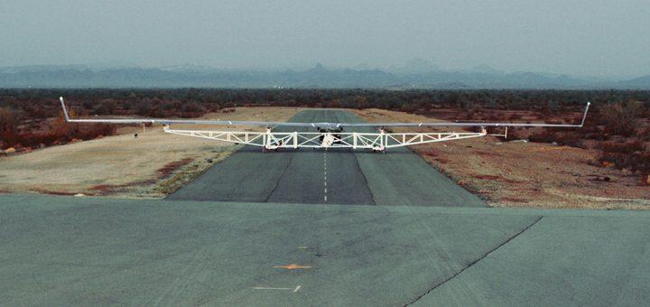 Facebook completó el primer vuelo piloto de Aquila. Imagen: Facebook.