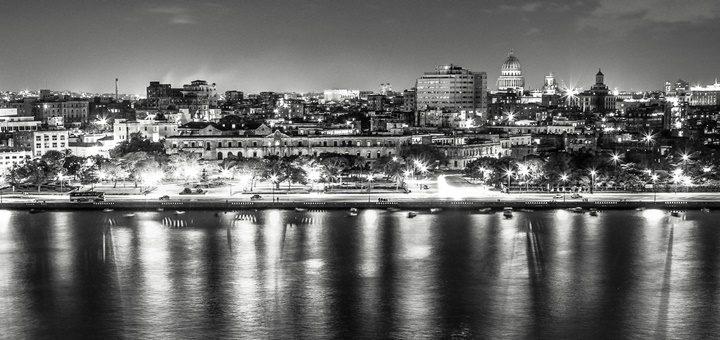 América Móvil y Telefónica descartan ingresar a Cuba en las condiciones actuales