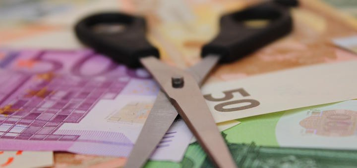 Argentina: telefónicas amenazan con recortar todavía más inversiones si se aprueba decreto para regular el sector