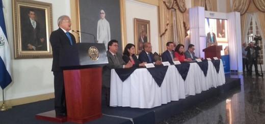Salvador Sánchez Cerén anuncia elección del estándar ISDB-Tb. Imagen: Presidencia de la República.