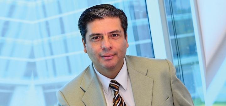 Norman Chaves, director de Asuntos Corporativos de Tigo Costa Rica.