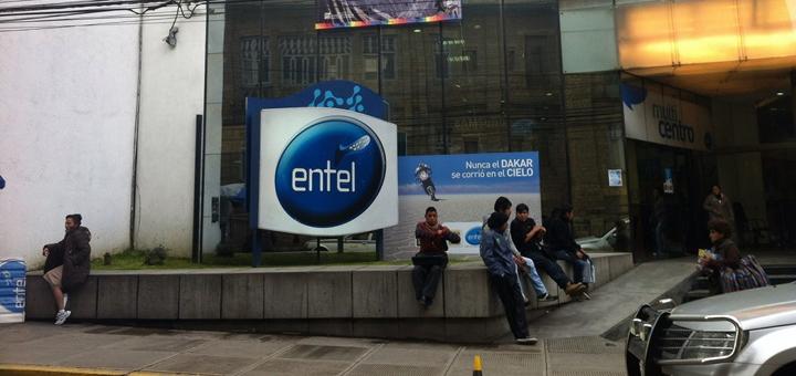 Edificio de Entel Bolivia. Imagen: Voces Bolivianas/Flickr.