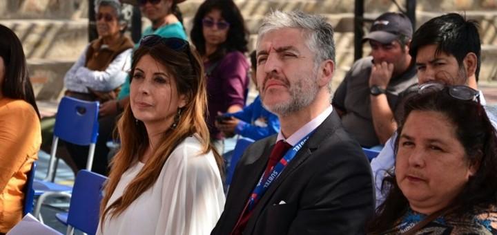 Ramirez y Rojas en la inauguración de servicios de Tarapacá. Imagen: Subtel.