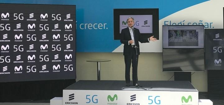 El ministro de Modernización, Andrés Ibarra, en las pruebas de 5G de Movistar Argentina y Ericsson. Imagen: TeleSemana.com