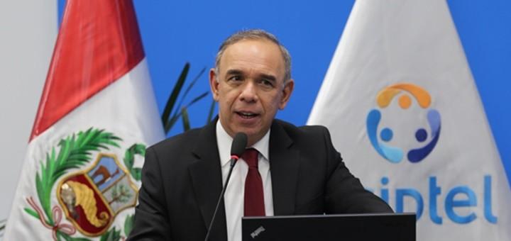 Rafael Muente presenta propuesta en audiencia pública. Imagen: Osiptel.