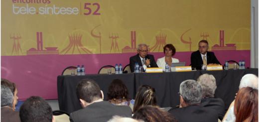 Juarez Quadros participó del Encuentro TeleSintese. Imagen: Anatel.
