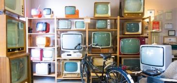 Hogares con acceso a TV por plataforma