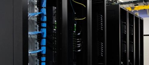 Claro abrirá un data center en Colombia mientras Telefónica piensa en venderlos