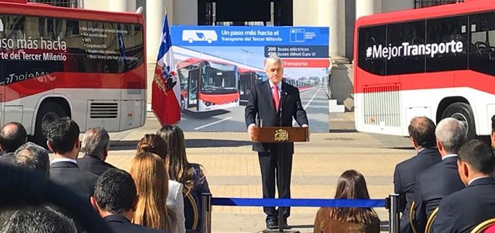 Nuevos buses del sistema Transantiago tendrán Wi-Fi gratuito