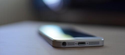 Hay más normas que soluciones para frenar los delitos asociados con celulares