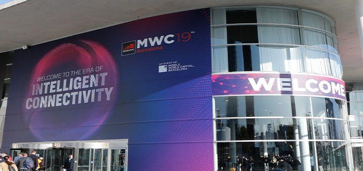 MWC inicia con primeros móviles 5G y smartphones plegables que buscan desplazar a las tablets