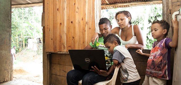 Colombia abre convocatoria pública para llevar a Internet a hogares de bajos recursos