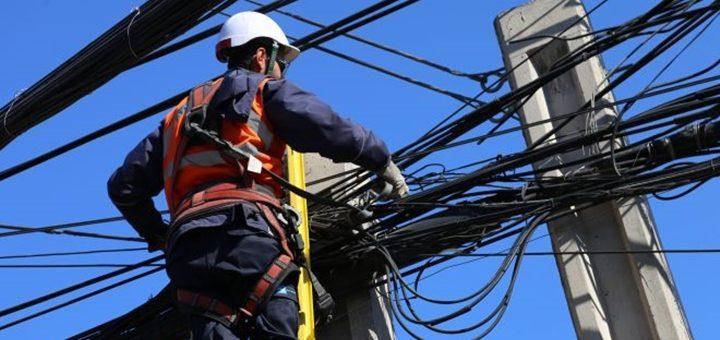 Chile presenta ley para regular el tendido de cables de telecomunicaciones