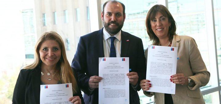 Chile apunta a la coordinación entre organismos gubernamentales para llevar conectividad a sitios turísticos