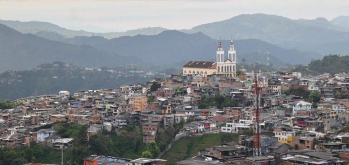 Colombia pretende cumplir un objetivo común en Latinoamérica: 100% del país con normas a favor del despliegue de infraestructura